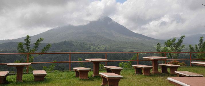 Arenal Hanging Bridges Vue Volcan