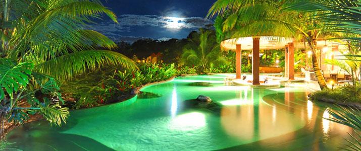 The Springs Resort & Spa piscine nuit