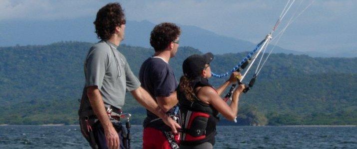 Kite Boarding Costa Rica Bahia Salinas Guanacaste Playa Copal Riders Ride Ocean Moniteur Départ