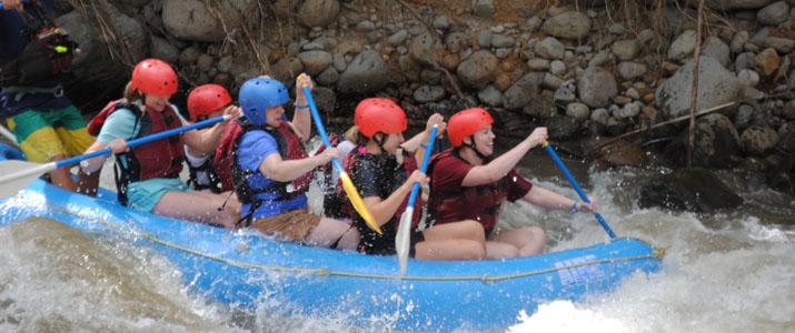 Aguas Bravas rafting