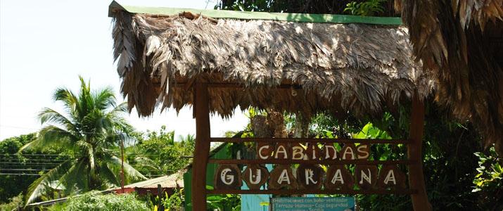 Cabinas Guarana Caraïbes Sud Puerto Viejo de Talamanca façade colorée charme italien