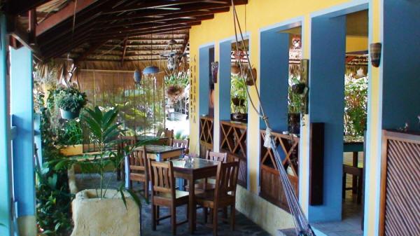 Cabinas Guarana Caraïbes Sud Puerto Viejo de Talamanca accueil réception colorée