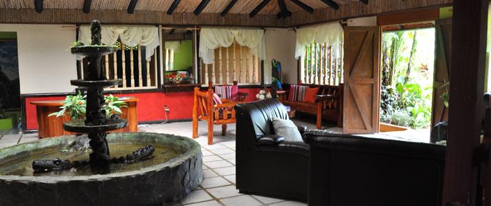 Ara Ambigua Sarapiqui La Virgen Braulio Carrillo Hotel Salon Fontaine