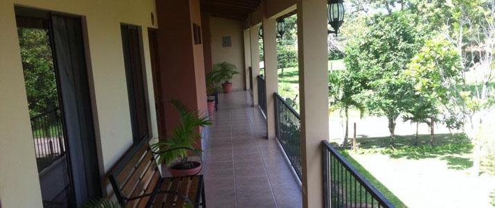 Cabinas Ledezma Hotel Costa Rica Rincon Terrasse