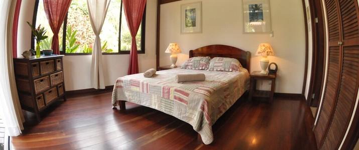 kenaki lodge Caraïbes Sud Cahuita chambre lits double bois