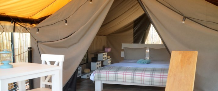 Flor y Bambu Guanacaste Playa Grande Glampling Tente Chambre Lit double