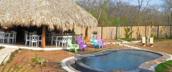 Flor y Bambu Guanacaste Playa Grande Glampling Piscine Restaurant
