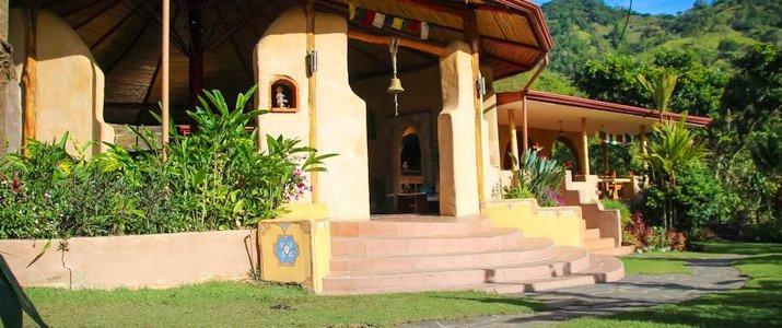 Rio Chirripo Retreat Lodge - Entrée et Cloche