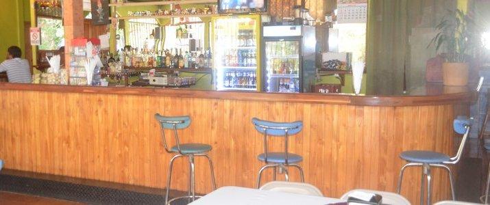 Restaurante y Cabinas La Catarata - Restaurant