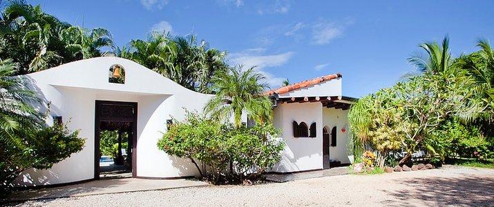 Hacienda JJ - Hotel
