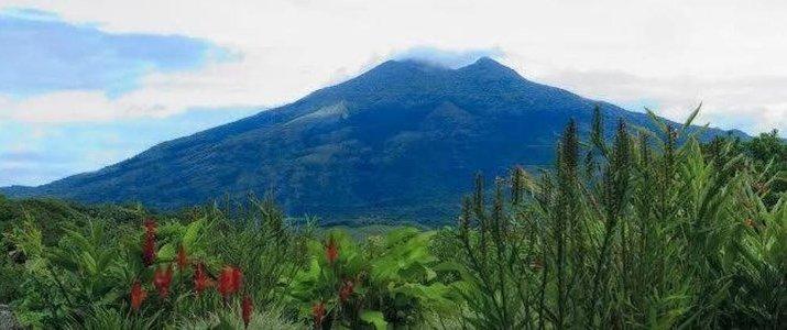 Colinas del Miravalles - Volcan