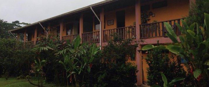 Hotel Cacao - Façade jaune