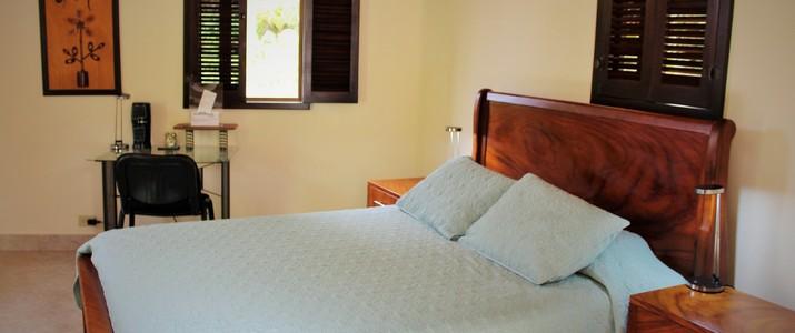 Talamanca Reserve chambre lit double coloré salle de bain san isidro del general san gerardo de rivas