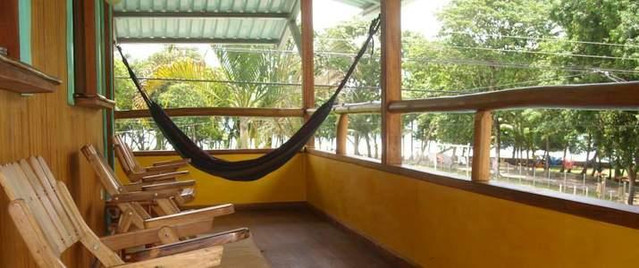 hôtel, cabinas, pavones, pacifique sud, surf, plage, hamac, terrasse, chaise