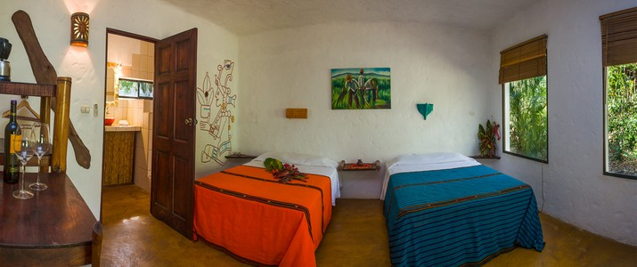 Interior Mexican Cabina