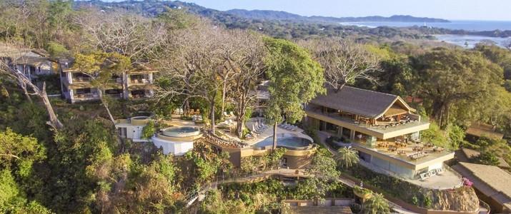 Lagarta Lodge cadre