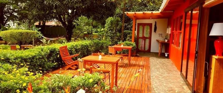 Casa Batsu Jardin