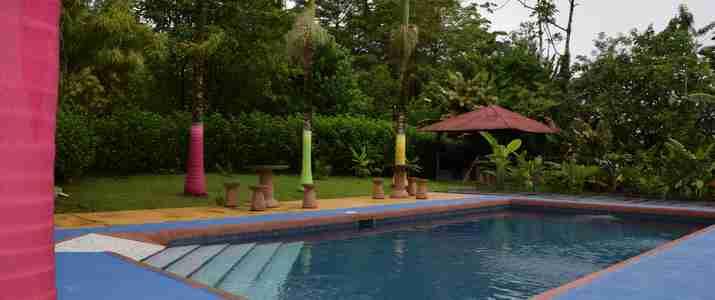 Hotel Faro Arenal piscine