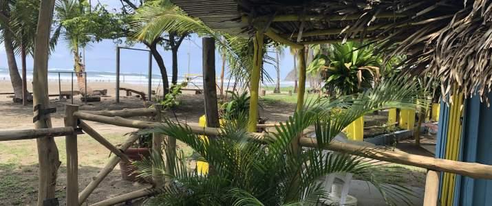 Las Olas Beach Samara vue plage