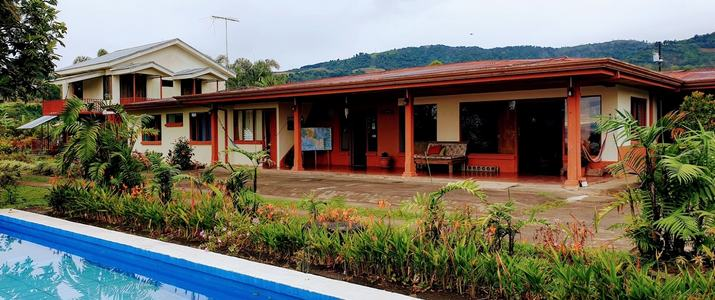 Posada Rural Casa Aquiares piscine