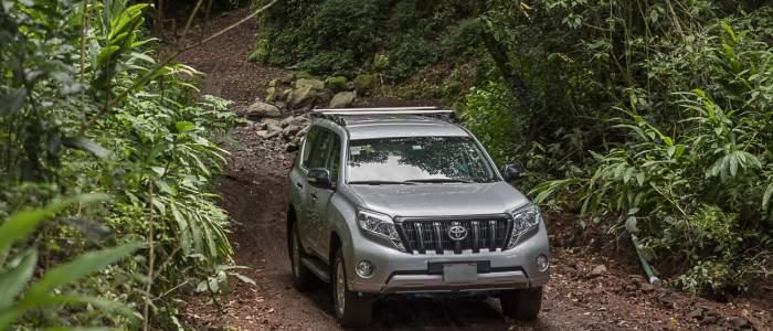 Voiture 4X4 location jungle piste Toyota Prado